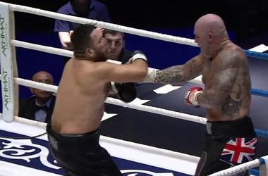 Руслан Чагаев vs Лукас Браун. Фото boxing-mma.com