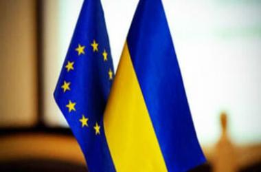 Глава МЗС Угорщини: Україна повинна негайно отримати безвізовий режим. Фото: zn.ua