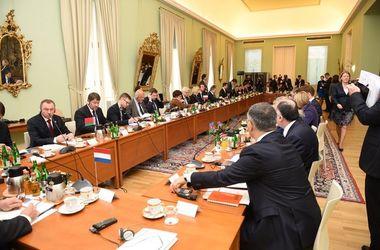 Зустріч в Празі. Фото: МЗС Польщі