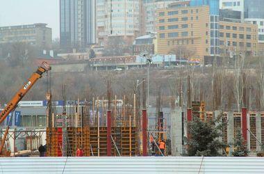 Арена. Для проведения песенного конкурса предлагают достроить баскетбольную арену. Фото:gorod.dp.ua
