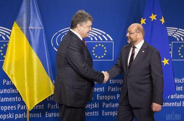 Сторони обговорили прогрес, досягнутий Україною на шляху реформ / Фото УНІАН