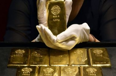 Золото может сильно подорожать. Фото: AFP