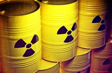 В России сошел с рельсов вагон для радиоактивного топлива. Фото: neftegaz.ru