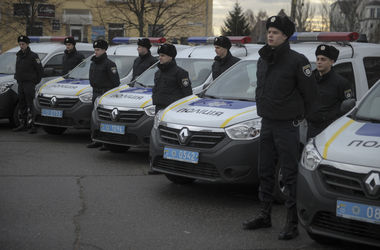 З появою груп реагування в районах області поліцію чекають кілька хвилин замість кількох днів. Фото: yatsenyuk.org.ua