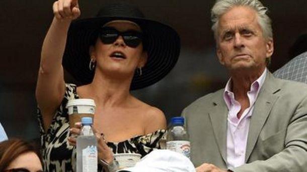 Кетрін Зета-Джонс з чоловіком Фото: AFP