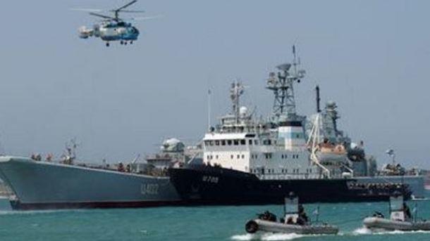 Пограничники засекли вертолеты и катера РФ на админгранице ...  Территория Рф с Крымом