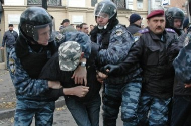 Киев. В милицию попало 25 нарушителей общественного порядка. Фото УНИАН