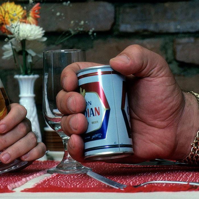 Поднимал одной рукой Терминатора и пил по 40 литров пива: удивительная история Андре Гиганта