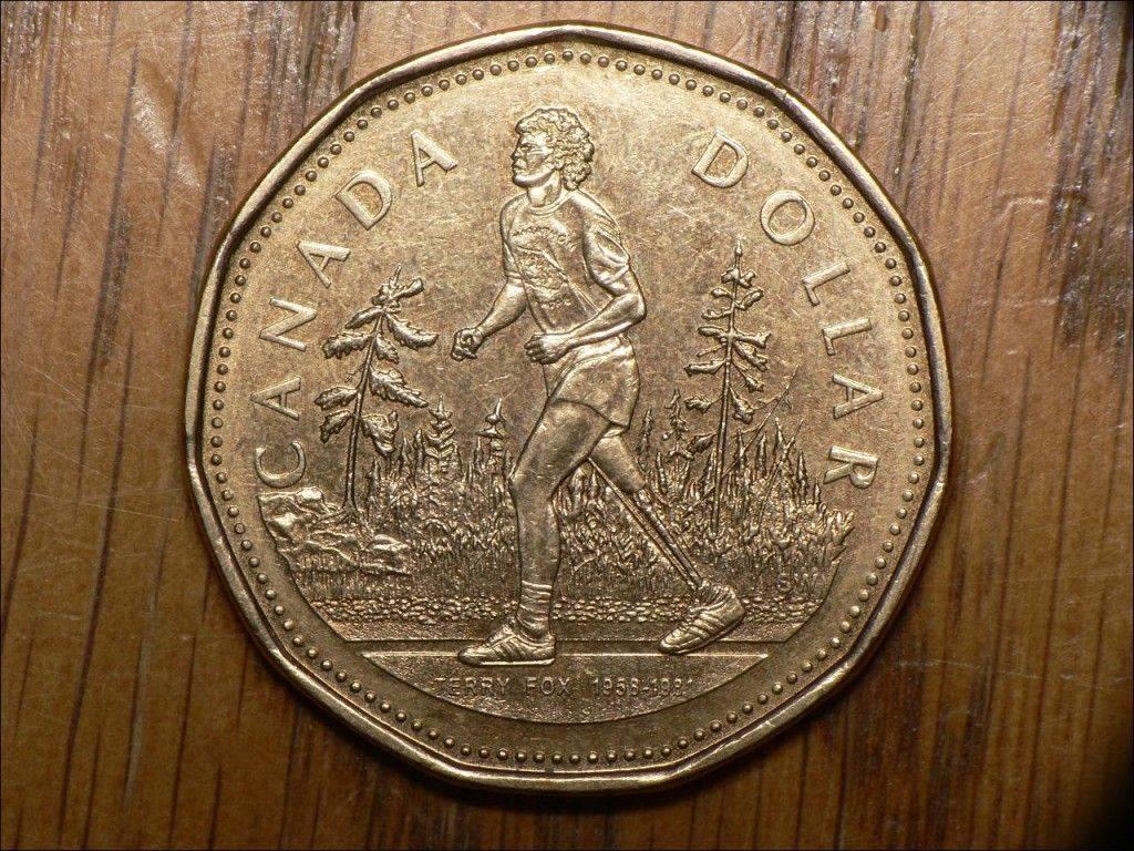 На одной ноге через всю Канаду: почему за неизвестного марафонца болели королева Британии и Папа Римский