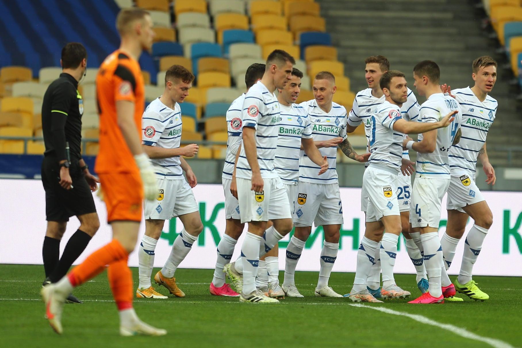 Динамо стало чемпионом, прервав 4-летнюю гегемонию Шахтера
