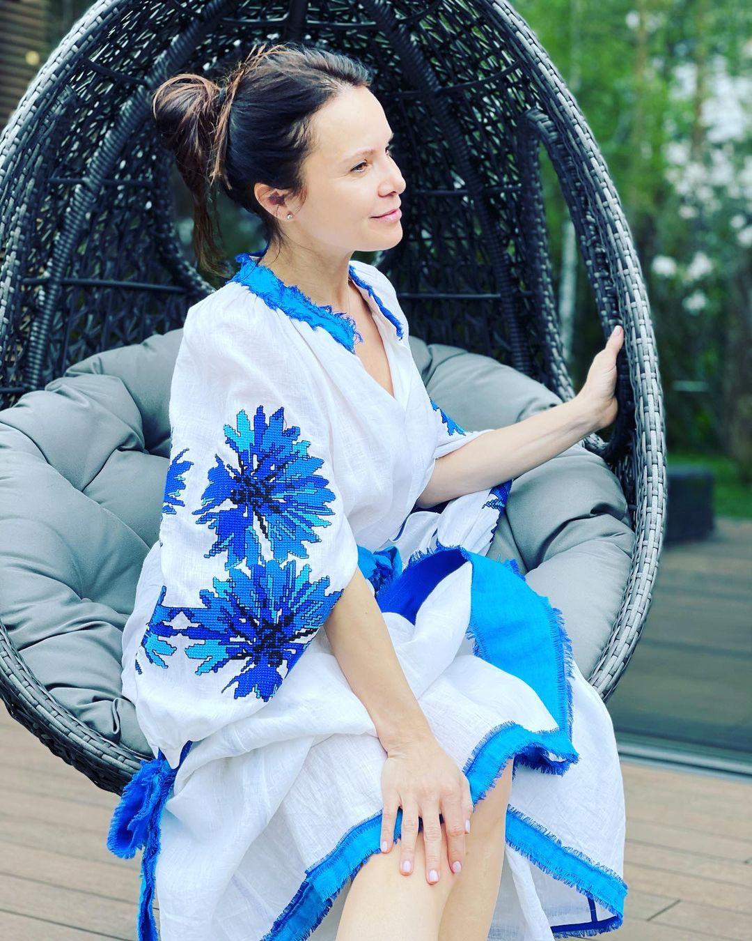 Лилия Подкопаева поделилась фото, на котором ее и не узнать